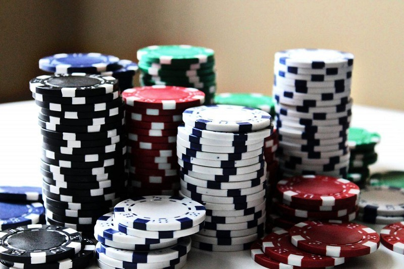 Online live casino and the systems myth